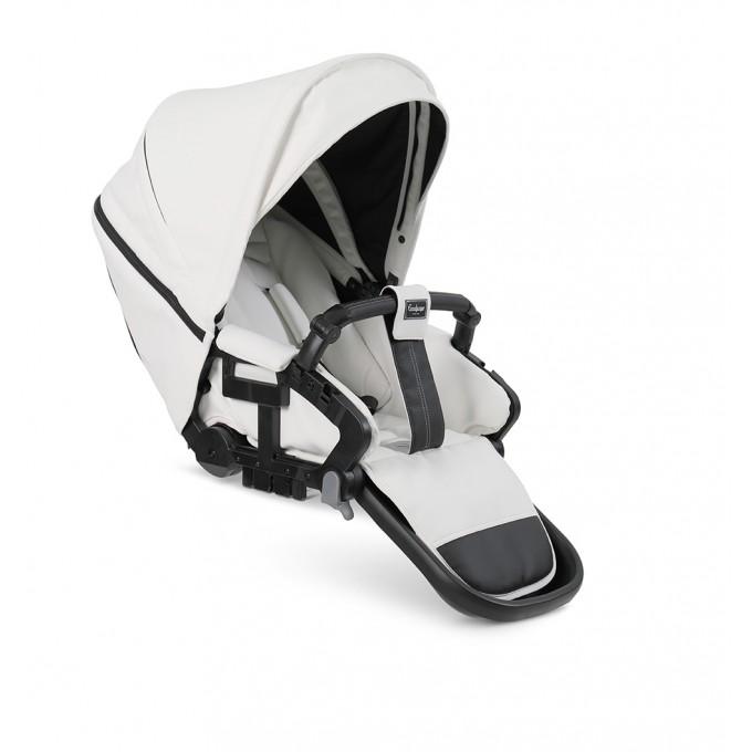 Прогулянкова коляска Emmaljunga NXT90 Black FLAT White Leatherette